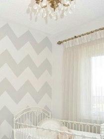Chevron en papel pintado para pared de habitación infantil, muy sutil con colores